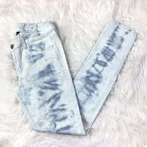 American Eagle Light Denim Stretch Skinny Jeans